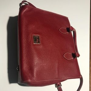 Red leather Dooney and Bourke EUC purse